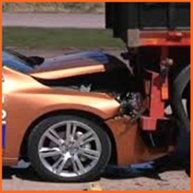 事故 自動ブレーキ プリクラッシュ