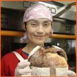 菅原初代 勤めるパン屋の店名や場所はどこ?年齢やシングルマザーの訳とは…